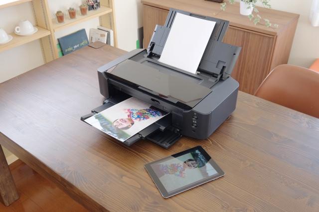 撮った写真を印刷するなら自宅用プリンターが安価