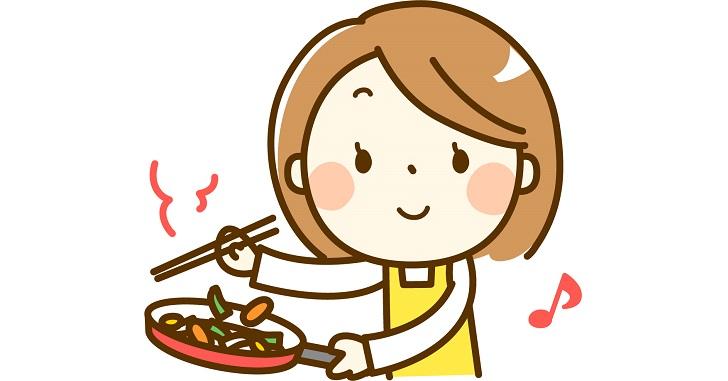 料理するママ
